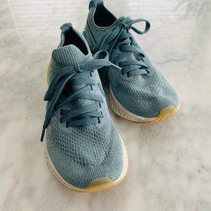 Nike React Girls Running Sneakers 3.5 Blue Knit